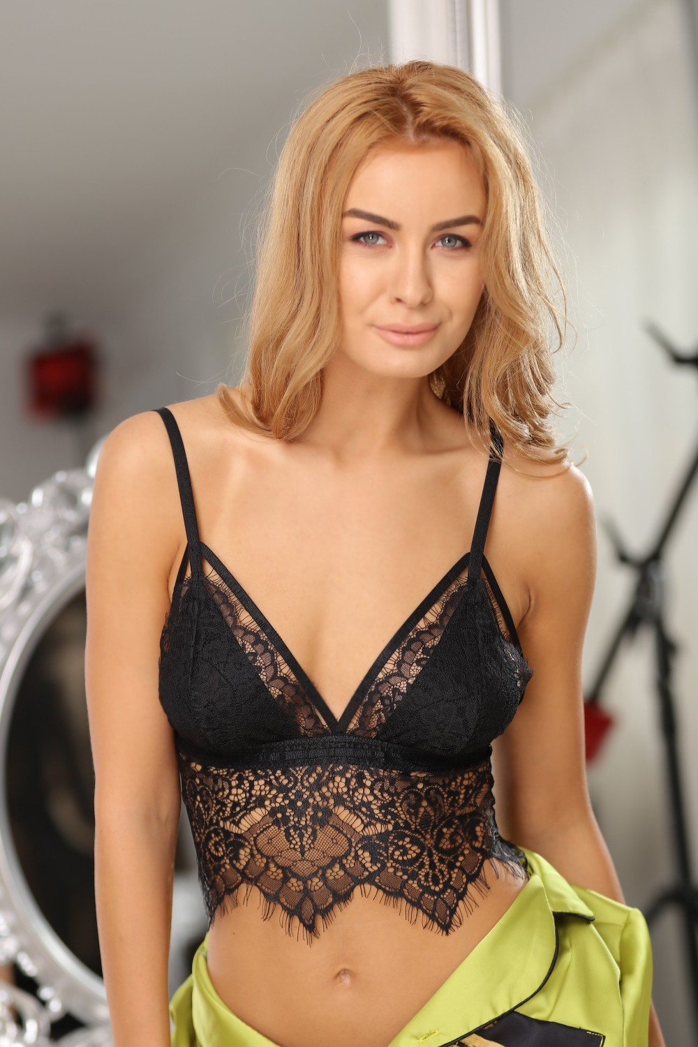 Bustiera Karis Black Lace